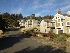 Additional photo for property listing at Chapman Point Home 723 Oak St Cannon Beach, Oregon 97110 United States