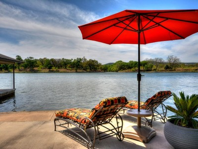 Villa for sales at Stunning Home on Lake LBJ 125 Waters Edge Burnet, Texas 78611 Stati Uniti