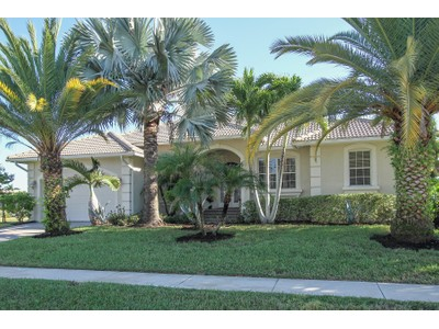 Single Family for rentals at 331 Waterleaf Ct  Marco Island, Florida 34145 United States