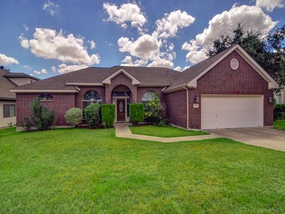 Single Family Home for sales at Wonderful Home in Glen at Stone Oak 1314 Coyote Path  San Antonio, Texas 78258 United States
