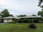 独户住宅 for sales at Ranch    Stony Brook, 纽约州 11790 美国