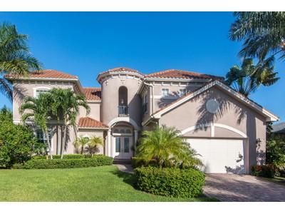 獨棟家庭住宅 for sales at MARCO ISLAND - ALGONQUIN 36  Algonquin Ct Marco Island, 佛羅里達州 34145 美國