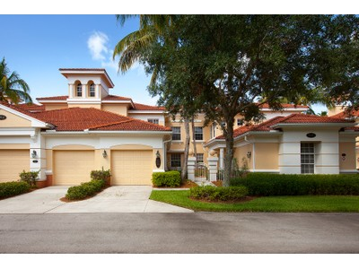 Eigentumswohnung for sales at FIDDLER'S CREEK - DEER CROSSING 3910  Deer Crossing Ct 103 Naples, Florida 34114 Vereinigte Staaten