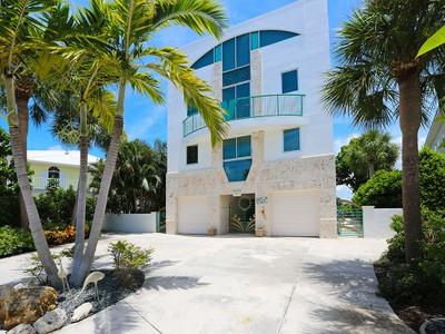 Single Family Home for sales at LAGUNA PARK 723  El Dorado Dr Venice, Florida 34285 United States