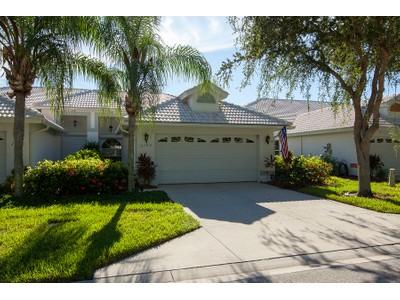 Stadthaus for sales at NAPLES - MARKER LAKE VILLAS 2162  Stacil Cir Naples, Florida 34109 Vereinigte Staaten