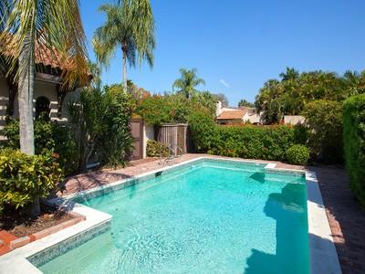 Nhà phố for sales at PELICAN BAY - TIERRA MAR 545  Tierra Mar Ln  W Naples, Florida 34108 Hoa Kỳ