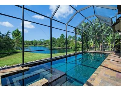 Maison unifamiliale for sales at THE CROSSINGS - MILL RUN 6818  Wellington Dr Naples, Florida 34109 États-Unis