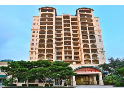 Кооперативная квартира for sales at KANAYA 505 S Orange Ave 602 Sarasota, Флорида 34236 Соединенные Штаты