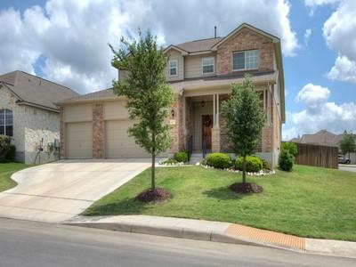 Nhà ở một gia đình for sales at Magnificent Home in Bulverde Village 24714 Catalan Cliffs San Antonio, Texas 78261 Hoa Kỳ