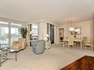 共管式独立产权公寓 for sales at PARK SHORE-MONACO BEACH CLUB 4401  Gulf Shore Blvd  N 304 Naples, 佛罗里达州 34103 美国