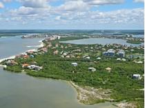 独户住宅 for sales at MARCO ISLAND - ESTATES 341  Seabreeze Dr   Marco Island, 佛罗里达州 34145 美国
