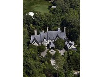 Casa para uma família for sales at Stonehaven Manor 3025 Wellington Road   Alpharetta, Geórgia 30022 Estados Unidos