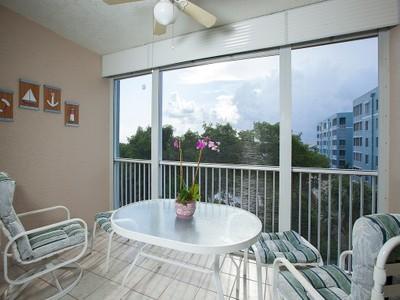 콘도미니엄 for sales at CAPTAINS BAY SOUTH 22748  Island Pines Way 302  Fort Myers Beach, 플로리다 33931 미국