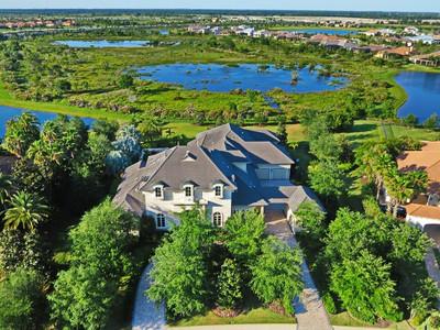 Autre Bien Résidentiel for sales at THE LAKE CLUB 7933  Waterton Ln Lakewood Ranch, Florida 34202 États-Unis