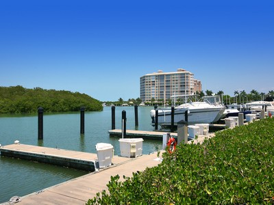 Altro tipo di proprietà for sales at MARINA BAY CLUB OF NAPLES - ISLAND MARINA 13105  Vanderbilt Dr Naples, Florida 34110 Stati Uniti