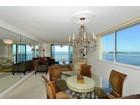 共管式独立产权公寓 for  sales at SIESTA TOWERS 4822  Ocean Blvd 9C   Sarasota, 佛罗里达州 34242 美国