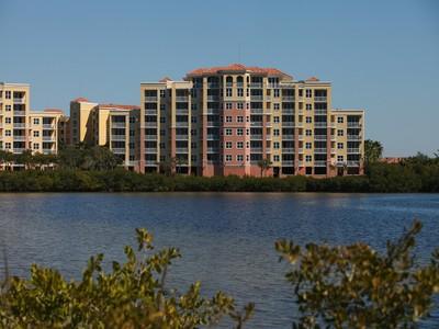 Condominio for sales at Riviera Dunes 615  Riviera Dunes Way 108 Palmetto, Florida 34221 Estados Unidos