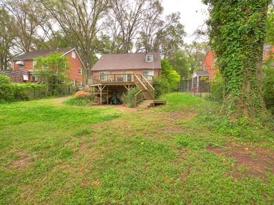 Nhà ở một gia đình for sales at SOUTH KINGS DRIVE 1226 S Kings Dr Charlotte, Bắc Carolina 28207 Hoa Kỳ