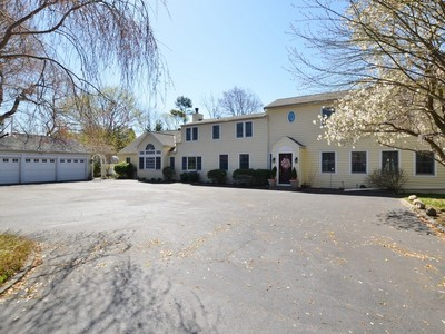 Single Family Home for sales at Colonial 29 Pelican Ct Syosset, New York 11791 United States
