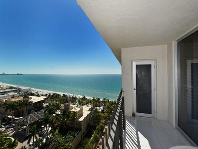 Eigentumswohnung for sales at LIDO BEACH CLUB 1212  Benjamin Franklin Dr PH 7 Sarasota, Florida 34236 Vereinigte Staaten