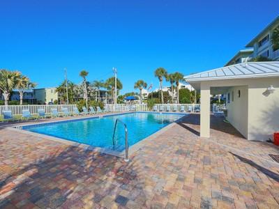 共管式独立产权公寓 for sales at EBBTIDE 6610  Midnight Pass Rd 2  Sarasota, 佛罗里达州 34242 美国