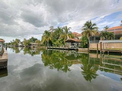 一戸建て for sales at AQUALANE SHORES 475  15th Ave  Naples, フロリダ 34102 アメリカ合衆国