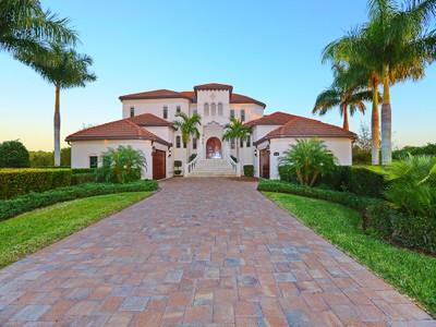 Casa Unifamiliar for sales at GRASSY POINT 4790  Harbor Point Ct Port Charlotte, Florida 33952 Estados Unidos