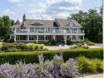 Casa para uma família for sales at Colonial 17 Lighthouse Rd   Sands Point, Nova York 11050 Estados Unidos