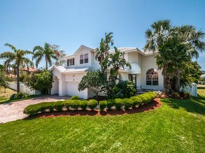 Casa Unifamiliar for sales at TIERRA VERDE 875  Ponce De Leon Dr Tierra Verde, Florida 33715 Estados Unidos