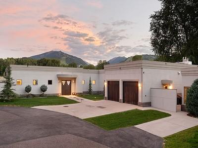 Maison unifamiliale for sales at Contemporary Home 75 Overlook Drive Aspen, Colorado 81611 États-Unis