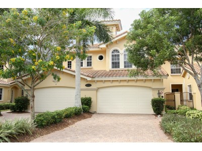 Condo / Townhome / Villa for rentals at 8935 Cherry Oaks Trl 101  Naples, Florida 34114 United States