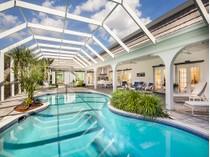 Casa para uma família for sales at PELICAN BAY - PELICAN BAY WOODS 705  Hollybriar Ln   Naples, Florida 34108 Estados Unidos
