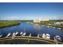 Eigentumswohnung for sales at MARINA BAY CLUB OF NAPLES - MARINA BAY CLUB 13105  Vanderbilt Dr 910   Naples, Florida 34110 Vereinigte Staaten