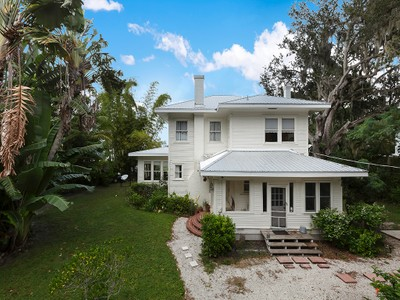 Maison unifamiliale for sales at Ft. Myers 101  Fairview Ave Fort Myers, Florida 33905 États-Unis