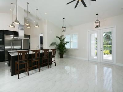 Maison unifamiliale for sales at PARADISE VILLAGE - PARADISE VILLAGE 27080  Flamingo Dr Bonita Springs, Florida 34135 États-Unis