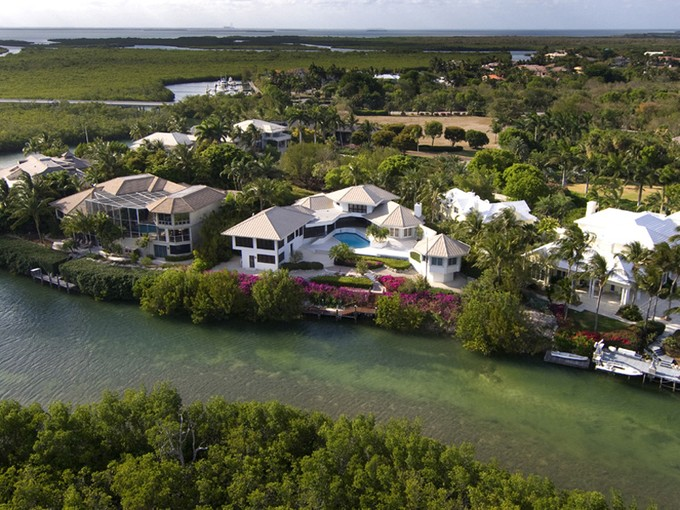 Maison unifamiliale for sales at Ocean Views from Ocean Reef Home 9 Osprey Lane Key Largo, Florida 33037 États-Unis