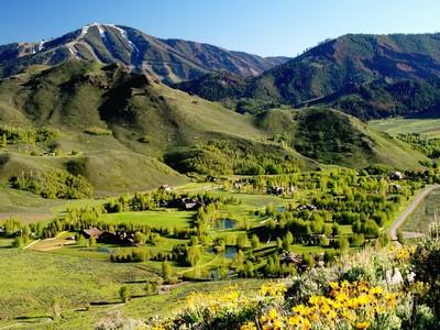 Đất đai for sales at Beautiful Parcel 115 Lake Creek Meadows Road Ketchum, Idaho 83340 Hoa Kỳ