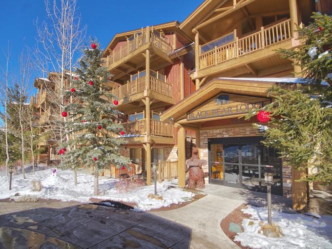 Appartement en copropriété for sales at Ski, Bike, Hike at Silver Lake 7447 Royal St E #104 Park City, Utah 84060 États-Unis