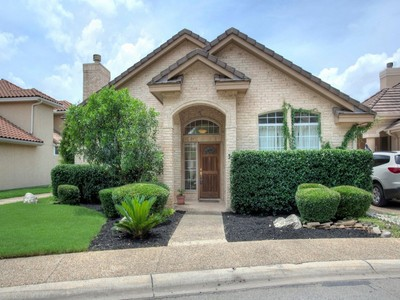 Villa for sales at Elegant One-Story Home in Orsinger Lane 38 Orsinger Hill  San Antonio, Texas 78230 Stati Uniti