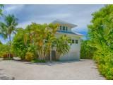 Maison unifamiliale for sales at SANIBEL 2449  Harbour Ln, Sanibel, Florida 33957 États-Unis