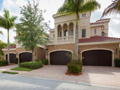 Кооперативная квартира for sales at FIDDLER'S CREEK - MENAGGIO 9270  Menaggio Ct 201 Naples, Флорида 34114 Соединенные Штаты