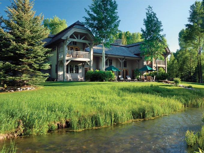 Einfamilienhaus for sales at The River House 5775 N. Prince Place North Jackson Hole, Wyoming 83001 Vereinigte Staaten