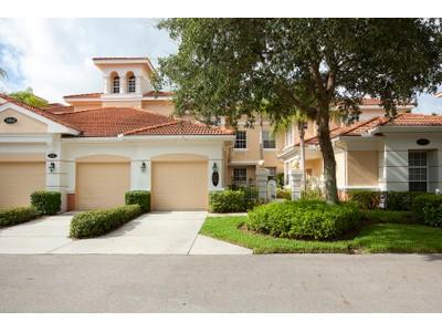 Appartement en copropriété for sales at FIDDLER'S CREEK - DEER CROSSING 3960  Deer Crossing Ct 203 Naples, Florida 34114 États-Unis