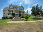 Casa para uma família for  sales at Stunning Traditional Home in Bridlewood 10722 Bridlewood Trl Boerne, Texas 78006 Estados Unidos
