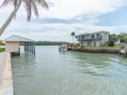 Кооперативная квартира for sales at MARCO ISLAND - GOODLAND 109  East Ct Goodland, Флорида 34140 Соединенные Штаты