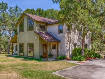 Vivienda unifamiliar for sales at Gorgeous Home in Westbrook 10330 Huntress Ln San Antonio, Texas 78255 Estados Unidos