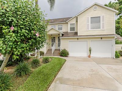 Condominium for sales at BERKSHIRE VILLAGE - TRAFALGAR SQUARE 1590  Trafalgar Ln 202B Naples, Florida 34116 United States