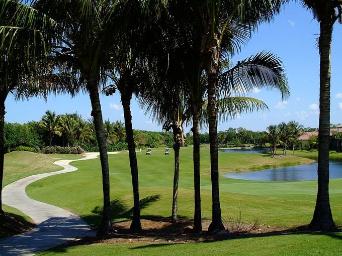 Villa for sales at GREY OAKS - ESTUARY AT GREY OAKS 1216  Gordon River Trl Naples, Florida 34105 Stati Uniti