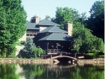 Частный односемейный дом for sales at Headrick Lead 2315 Headrick Lead   Pigeon Forge, Теннесси 37862 Соединенные Штаты