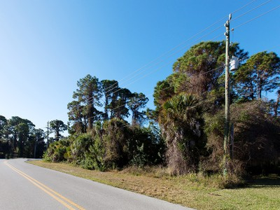 Land for sales at ENGLEWOOD Alamander Ave   Englewood, Florida 34223 United States